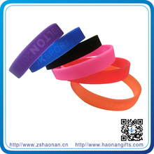 Innovative gift items bulk cheap silicone wristbands for festival decor