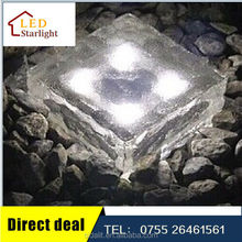 Hottest selling with best quality 10*10 crystal glass all in one solar street light