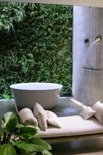 China Home Decor Wholesale Vertical Garden , Artificial Green Wall