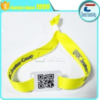 QR code LOGO printing Yellow one time use rfid custom woven wristbands for events