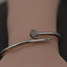 New latest jewlery bracelet, stainless steel bangles for fashion people.