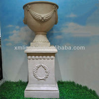 Manufacture OEM Service Classical Tall Stand Polyresin Garden Pot Cheaps