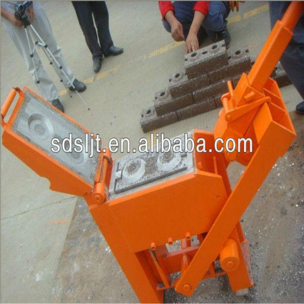 Interlocking Compressed Earth Block Machine : Manual compressed earth block machine interlocking