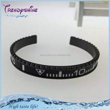 2015 New arrival elastic black speedometer bracelet