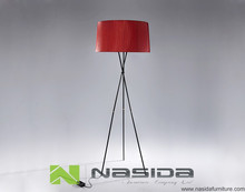 LP253 RED Cloth shade Tripode G5 Floor Lamp by Equipo Santa