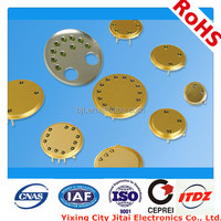 glass to metal seal package for photodetector