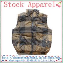 Magazzino abbigliamento degli uomini abbigliamento invernale trapuntato gilet senza maniche uomo imbottitura giacca/maglia