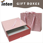 estilo de gaveta de caixa de presente de papel rosa com fita handle