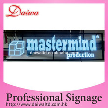 Custom Colorful frontal iluminado pantalla LED letrero para exterior