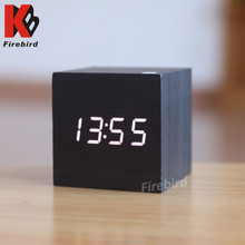 2015 top selling small wooden digital table clock for desktop decoration
