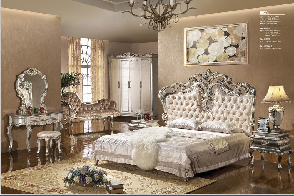 chambre a coucher royal italy. Black Bedroom Furniture Sets. Home Design Ideas