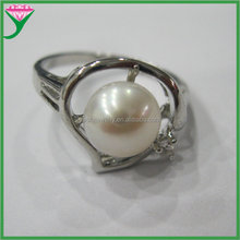 Wholesale Charm white natural freshwater new design pearl finger ring