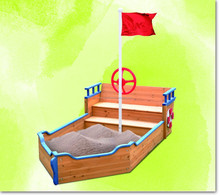 Sandkit of boat shape for kids