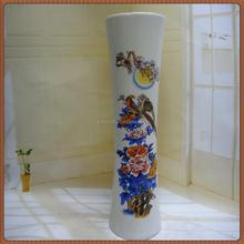 Flor barata blanca de madera cementerio florero o para la decoración