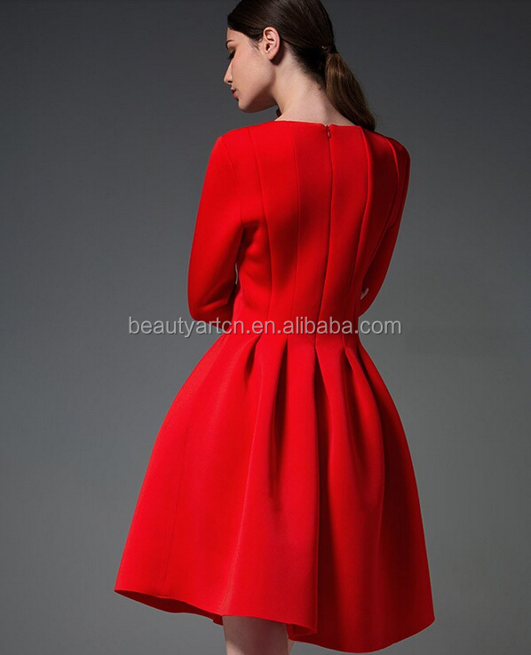 Robe rouge pour hiver