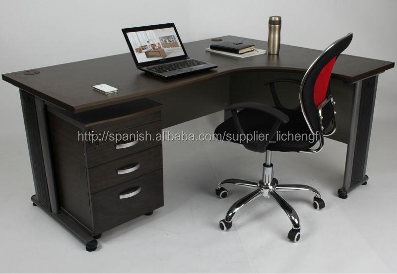 Escritorio de oficina en forma de l con pedestal mesas de for Modelos de escritorios para oficina