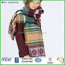 knitted scarf fashion custom cheap stripe pattern knitted scarf with pom pom