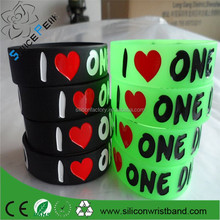 customized glow in the dark silicone wristbands,glowing silicone hand bands