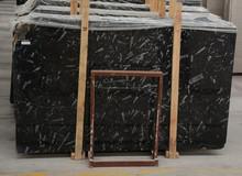 marmor au entreppe bodenbel ge fliesen schwarze marmortreppe. Black Bedroom Furniture Sets. Home Design Ideas