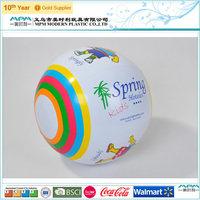 2014 fashion inflatable Christmas beach ball popping