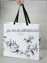 White and black color gift bag for shopping