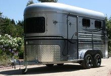 deluxe horse carriage trailer with angle load for sale