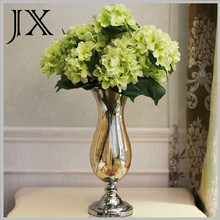 2015 new product postmodern blown glass vase with metal base for home decor