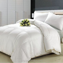 hotselling white microfibre quilt