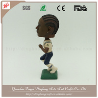 Wholesale Custom Design Resin Wobbly Head Figurine