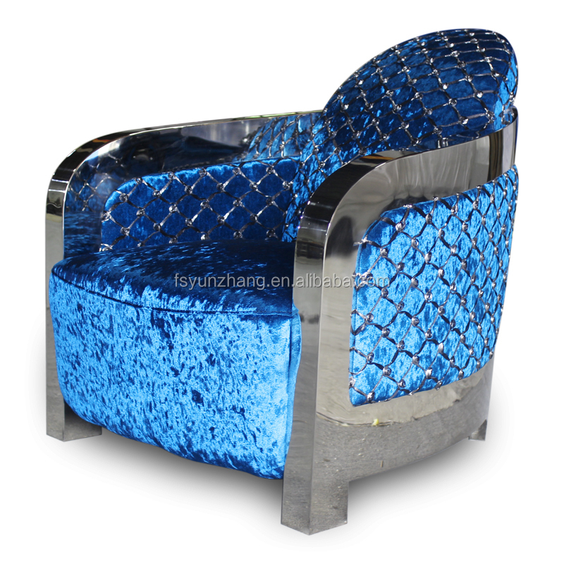 Classic cheap modern blue velvet chesterfield sofa buy for Cheap classic sofas