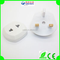 CE Certificate 3Pin UAE/UK Plug Adapter