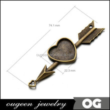 Zinc Alloy filled,antique bronze plated,length:74mm Width:22.3mm Key zinc alloy nickel free pendant with 18mm heart bezel