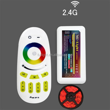 wirelss RGB smart 4-zone remote control full touch color changed solar controller m-7