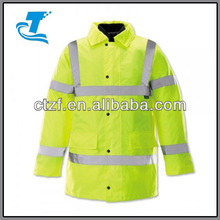 2015 Men's hi-vis jacket with 4-in-1 functionality