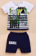 Latest fashion design to the suit of cotton kids clothes with printed shoes for kids suit 2015