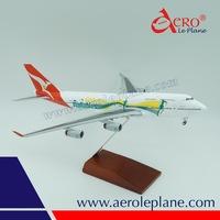 Qantas Plastic B747 1 200 Scale Model Aircraft