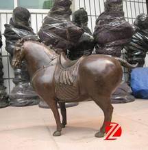 Small Chinese style cast bronze fat horse statue for table
