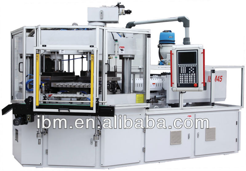 used plastic moulding machine