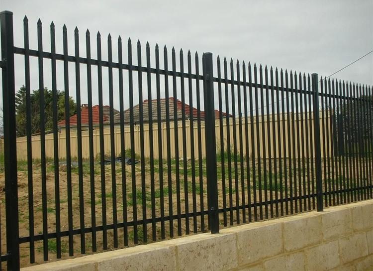 Clôture en fer forgé de lance clôtures treillis et