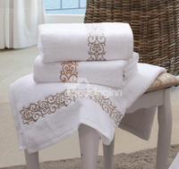 100 percent cotton High Quality Embroidery Floral Border Print Bath Towel
