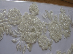 African Guipure Lace Fabric/ Embroidery Flower Hot Sale Long Good Quality Chiffon Beaded Lace Appliqued