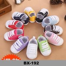 Tejer botas de bebé de 100% hechos a mano baratos zapatos del ganchillo del bebé