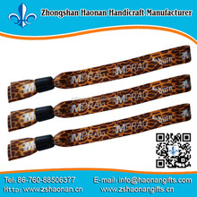 foot ball black metal spike leather wristbands