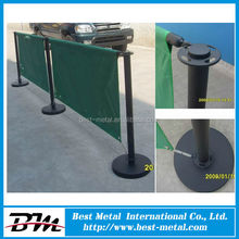Polished Stainless Steel Free Standing Windbreaker Fence with Insert Screen