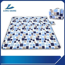 foldable waterproof picnic rug