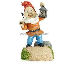Custom lovely LED solar lighted resin gnome garden decoration