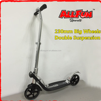 Urban 9XL Deluxe kick scooter Adjustable to Kid and Adult Size New