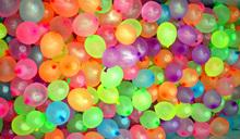 100 Rainbow Latex Ball Frozen Balloons Fill Water Children Summer Water Game Toys Amazing Magic Balloons GREEN Stick