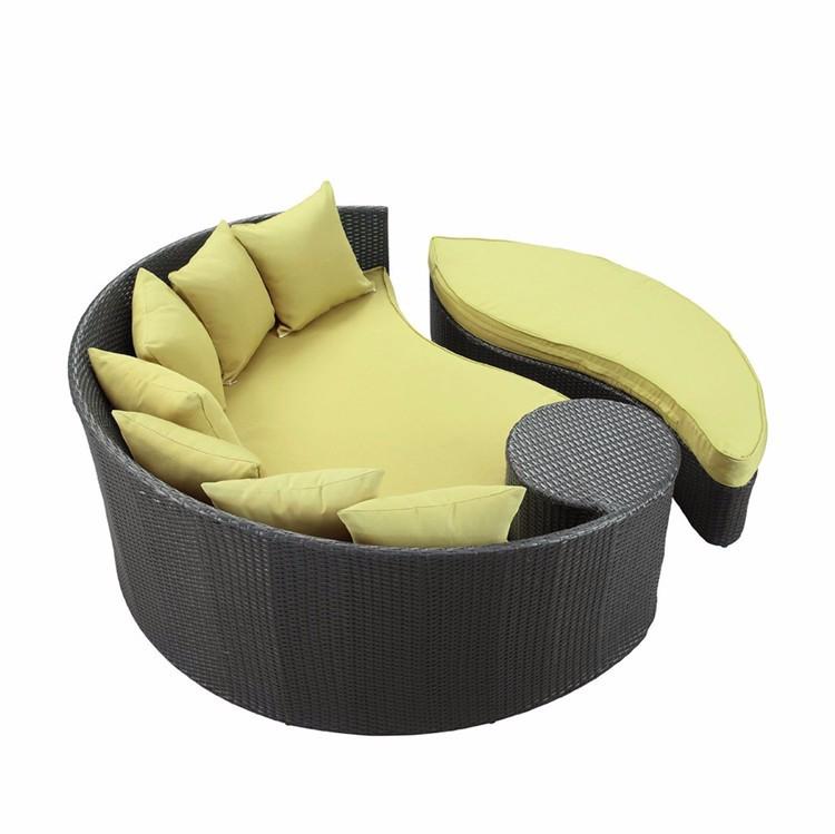 Chaise longue en rotin avec auvent pas cher en plein air for Chaise longue en rotin