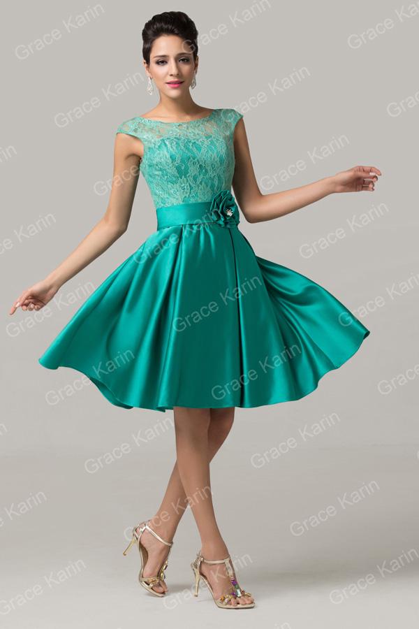 Vestido de festa curto de renda verde